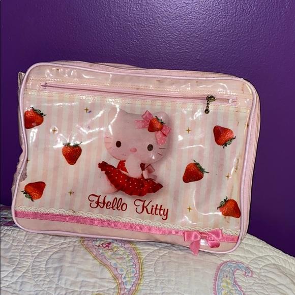 Hello Kitty Handbags - HELLO KITTY MAKEUP BAG
